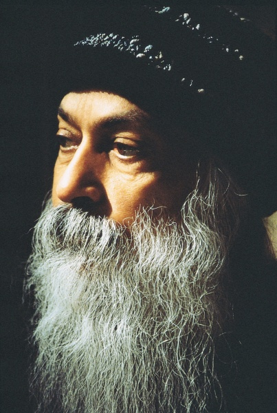 Osho – Zorba The Buddha
